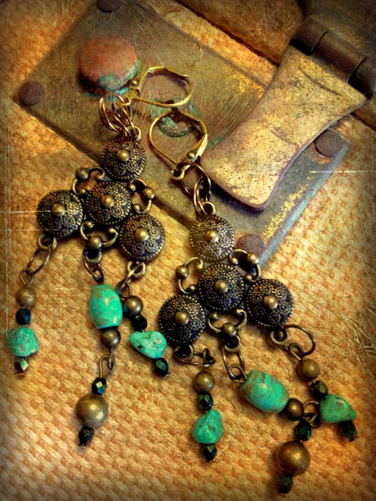 Necklace clasp earrings