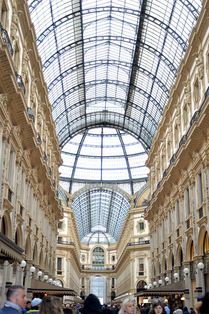 La magnifique galerie Vittorio Emanuele II près de la Cathédrale de Milan, et que faire près de ce site, à lire sur http://atasteofmylife.fr