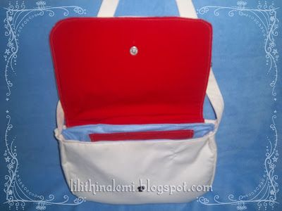 Messenger bag İnside