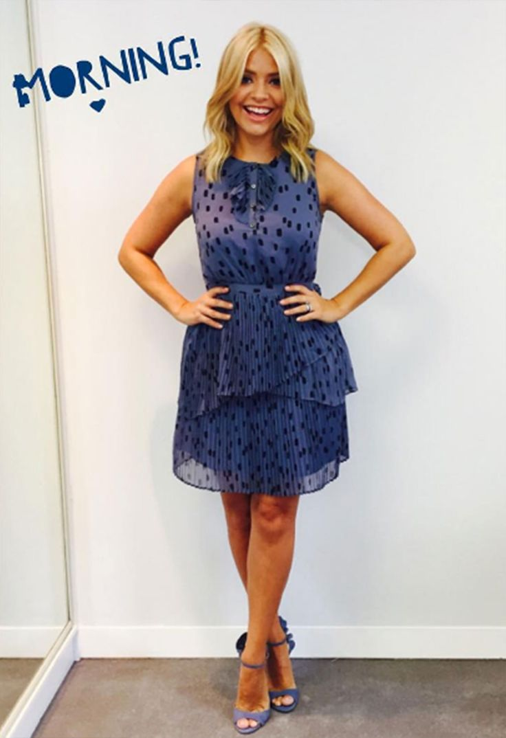 The gorgeous Holly Willoughby is back!