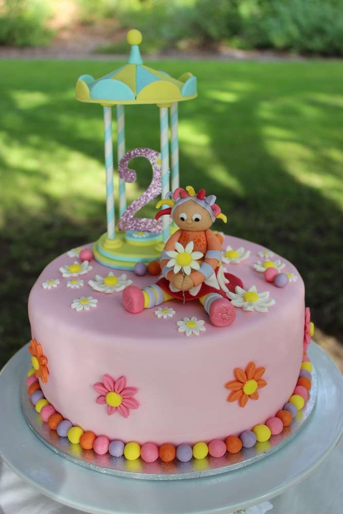 The 9 best elsi in the night garden party images on Pinterest ...