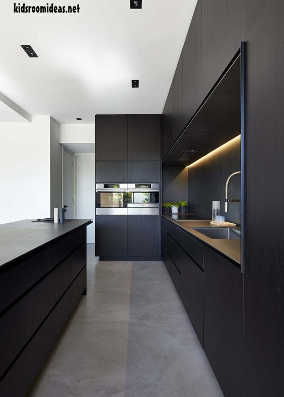 10 black kitchens we can t get enough of kitchen ideas pinterest rh pinterest com
