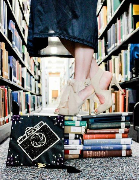 Taking a graduation photo is the perfect way to memorialize this big life change. Check out our graduation photo ideas from unique poses to creative props.