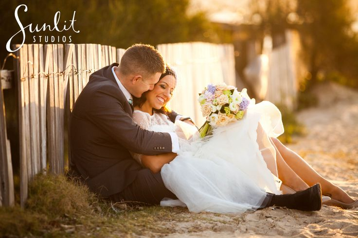Beach Wedding Photo at Maroochydore - Photography by Sunlit Studios