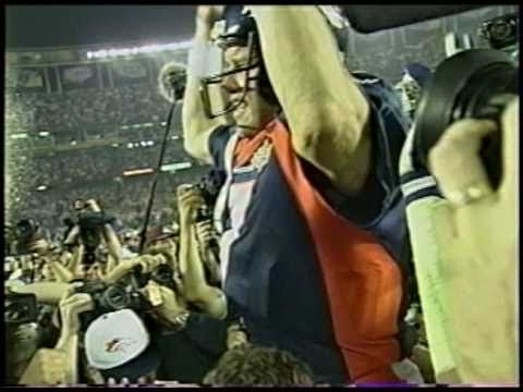 ▶ Super Bowl XXXII John Elway helicopter play and post game celebration raw - YouTube