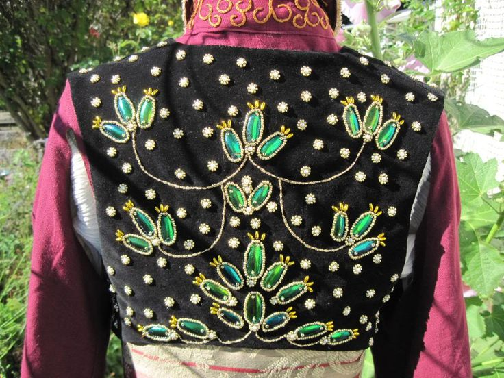 Beetlewing Embroidery on vest, Ottoman Steampunk costume by Dragonfly Design by Alisa,  http://www.freewebs.com/dragonflydesignsbyalisa/ottomansteampunk.htm