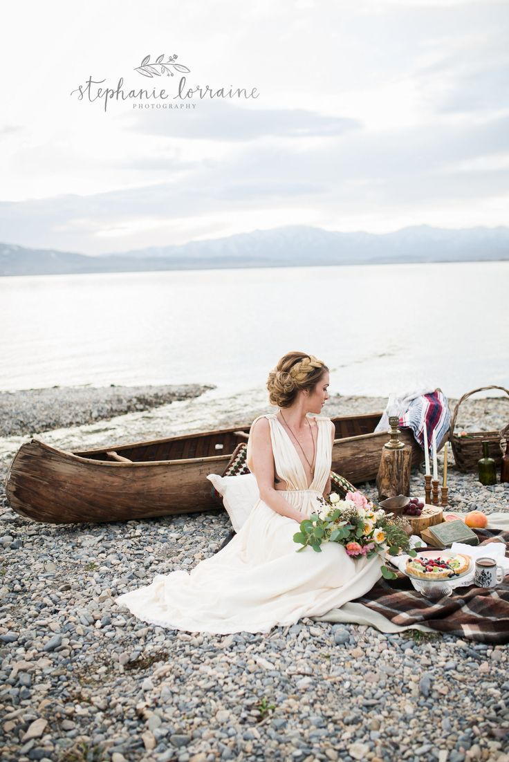 cool wedding shot ideas%0A Canoe shoot     jpg    Creative Wedding IdeasCanoeing