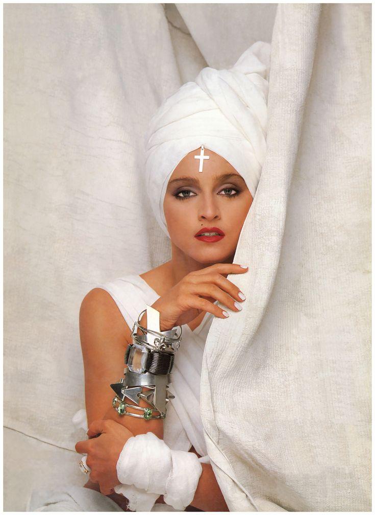 madonna-herb-ritts-photoshoot-1986-0001.jpg (1182×1620)