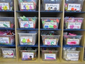 Organizing Art Room IDeas- great for craft storage!  I like anything that helps the kids be independent.