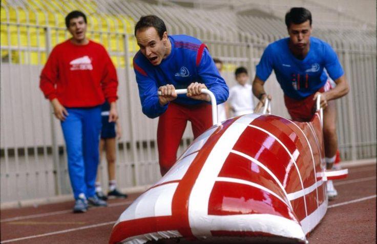 ... Il installe le bobsleigh sur le Rocher Passionné de bobsleigh, il a fondé en 1987 la fédération monégasque de cette discipline, puis créé une piste ...