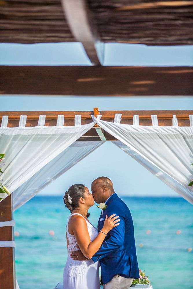 small beach wedding ceremony ideas%0A Tropical wedding inspiration for your AllInclusive beach wedding  Wedding  Photography by Fun In