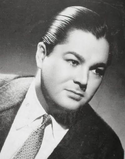 Anibal Troilo (1914 - 1975) l'orchestre de Anibal Troilo est toujours voté le plus populaire de tous les temps . Troilo était un bandoneonista extrêmement doué, qui a été à la fois ancrée dans la tradition tango et intéressé par l'innovation .
