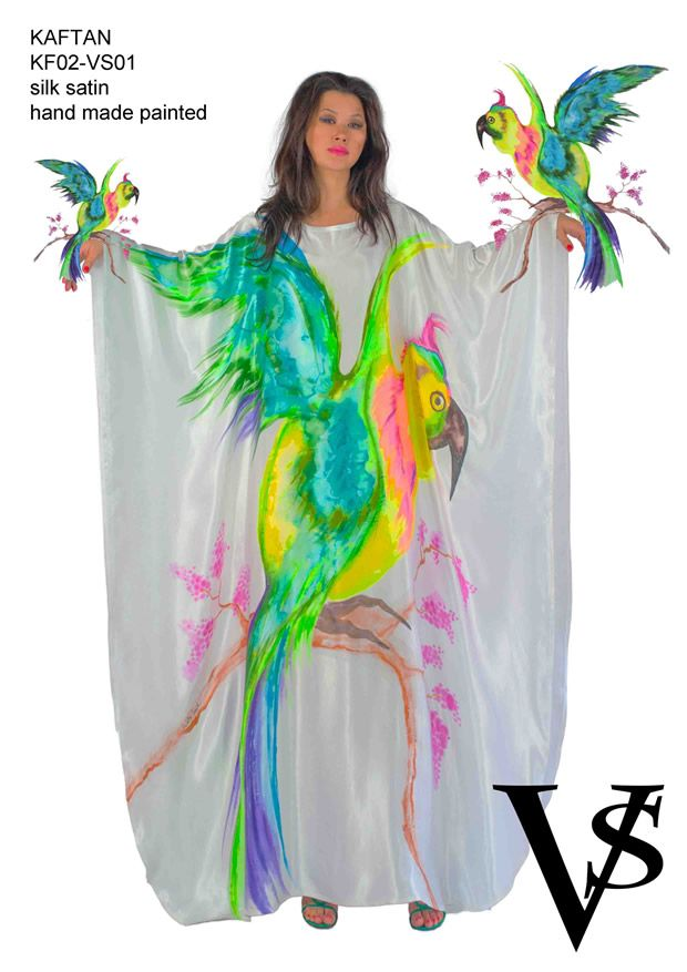 "Kaftan KF02-VS01 - Composition 100% Silk Satin - Hand Painted - Sizes Italian (from 38 to 62 tailored) - Limited Edition Series (maximum 100 Pieces for model) - ""Violetta Smik"" is produced by Sephirot Productions of Milan under the brand ""4SuckerS"" - 100% MADE IN ITALY - 100% NATURAL FIBRES AND ECOLOGICAL - 100% HAND PAINTED - 100% HAND EMBROIDERED - Try it to believe! Authorized seller: Showroom SD Multibrand Milano street Visconti di Modrone 30. www.violettasmik.com"