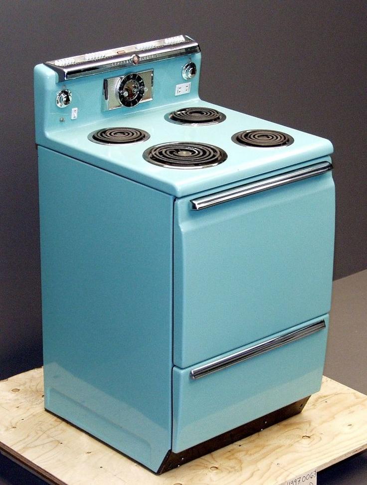 Mangez à la maison plus souvent! Cuisinière électrique de General Electric, 1960.