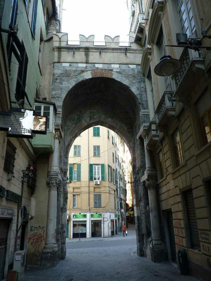 Porta dei Vacca/ Via del Campo- Genova