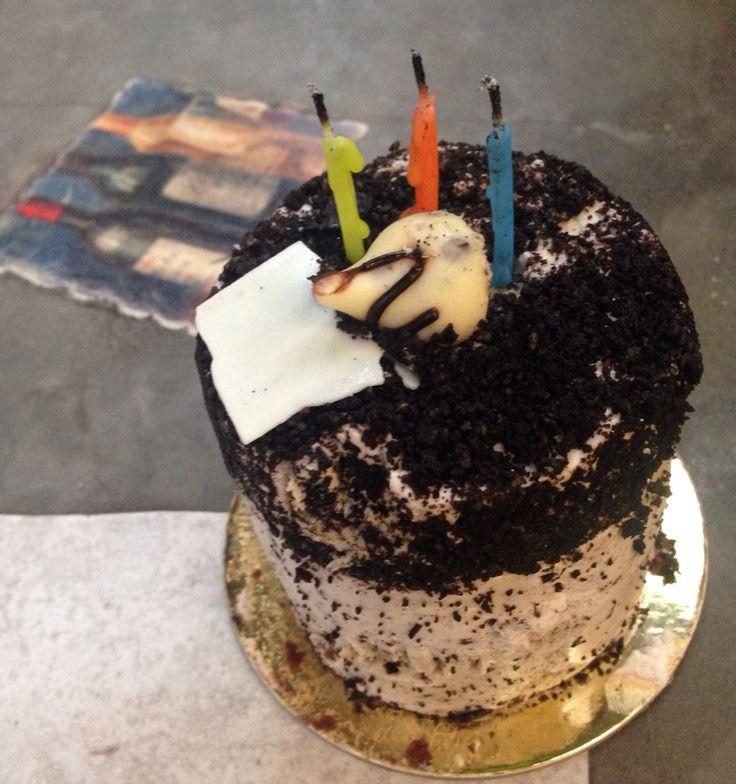 Oreo chocolate cake from Cafe UK.