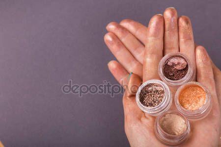 Descargar - Jars with  glitter makeup — Imagen de stock #80034442