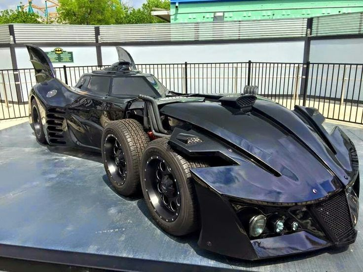 фото машины бэтмена