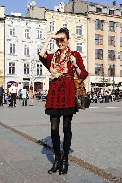 Szafa Sztywniary wears NOWIŃSKA handbag from www.sagana.pl