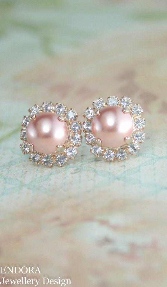 Bridesmaid earrings,bridal earrings,Peach pearl earrings,pearl earrings,swarovski earrings,swarovski rose peach pearl stud earrings,pearl