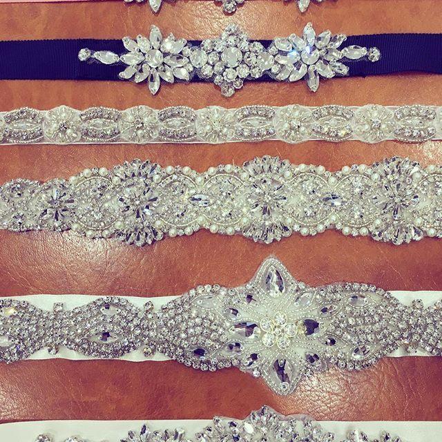 * サッシュベルトもたくさんご用意しています♡ * すごくシンプルなサテンやチュールのドレスに、 サッシュを一本入れると、まったく違う印象になります✧ カラーリボンのサッシュを入れるときは、 シューズもカラーリンクさせるのがオススメです*.+゚♬ * お好みのカラーでご用意することもできるので、 サッシュベルトを探している花嫁さま、ご相談ください! * #spicatic #wedding #weddingdress #二次会ドレス #スピカティック #ドレスショップ #ドレス #結婚式  #結婚式準備 #プレ花嫁 #卒花 #秋婚 #2016花嫁  #2016wedding #2017wedding #ウェディングドレス  #ミニドレス #ミモレ丈ドレス #サッシュベルト #bridal #レンタルドレス #二次会ドレスレンタル #ウェディングフォト #先輩花嫁 #インスタ花嫁 #深谷 #埼玉 #群馬 #埼玉花嫁 #群馬花嫁