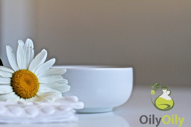 Chamomile Oil for Skin: 5 Ways to Experience Its Instant Benefits