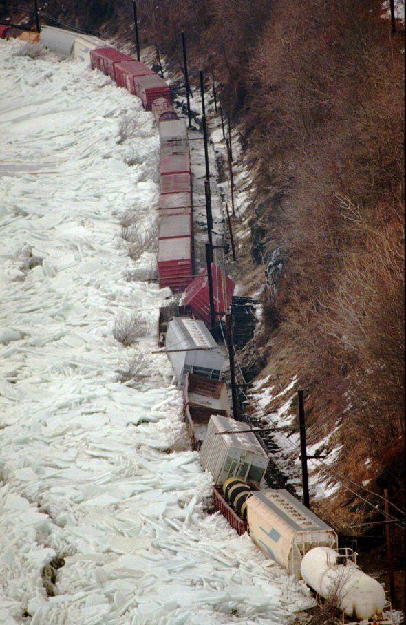 Static Susquehanna River ice floe 1996