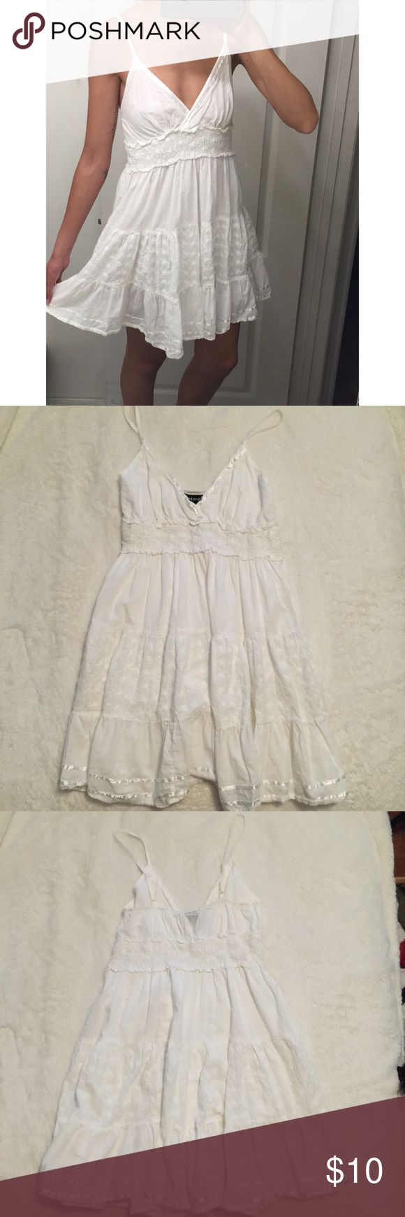 White Eyelet Dress ▪️Good Condition ▫️No trades   Brand: Wet seal Size: Medium (junior sizing) , but fits like a small so I listed this as a size Small Color: White Material: 100% cotton Care: machine wash Retail: $25 Adjustable straps Fully lined ✨   Tags: Nasty gal Forever 21 Free People Forever 21 Missguided Zara H&M Tobi Wet Seal Dresses