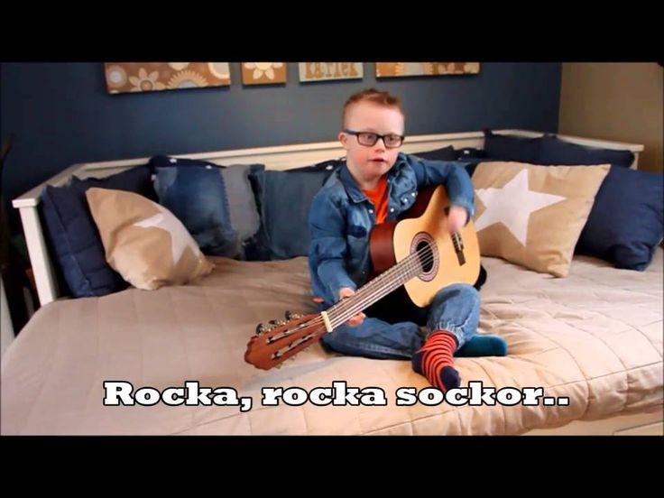 Rocka rocka sockor låten med Max