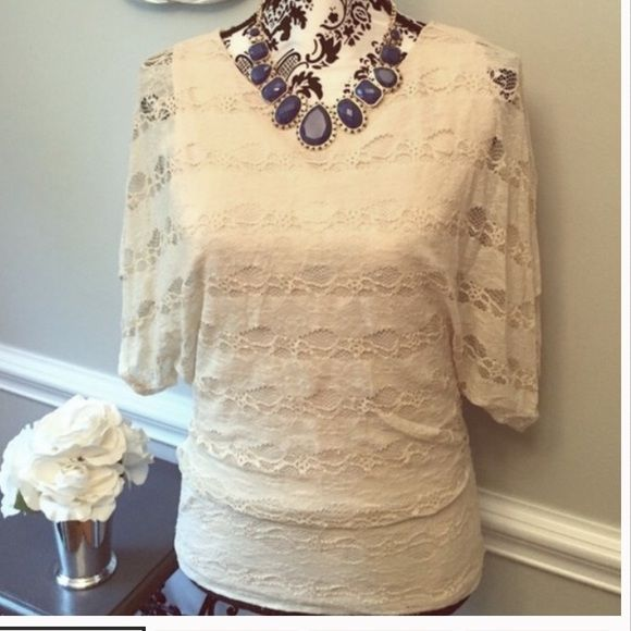 Monamie Cream Lace Batwing Top Blouse Small Beautiful batwing style lace top by Monamie. Size small. Monamie Tops