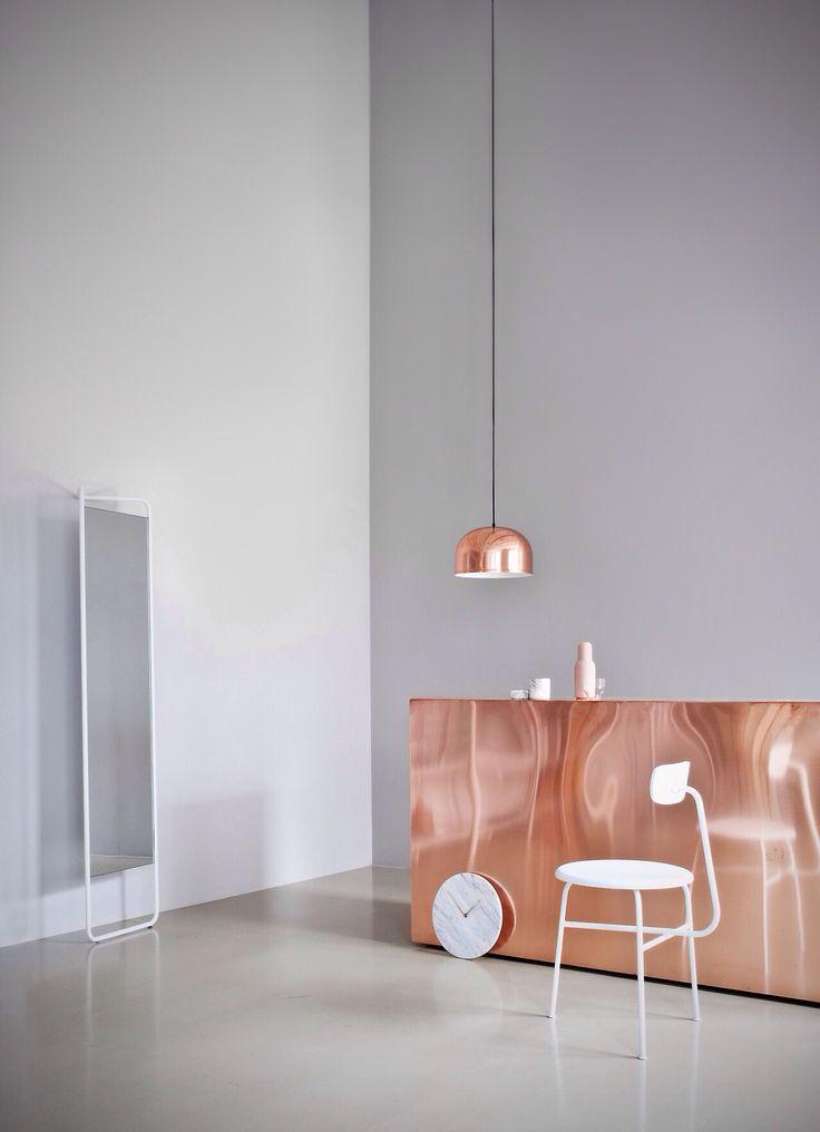 interior design with copper elements in minimalistic design language | kitchen . Küche . cuisine | Design: Menu |