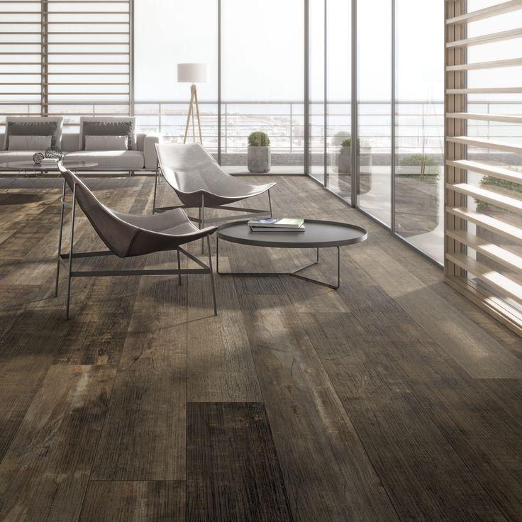 #Elegante #comedor de estilo #moderno con #porcelanico #Arizona de #Inalco, con diseño de #madera #desgastada y formato 30x300 cm.