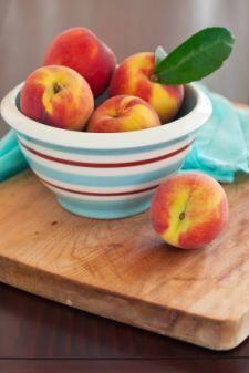 10 Homemade Pie Fillings (Canning Recipes)        tipnut.com/home-pie-filling/