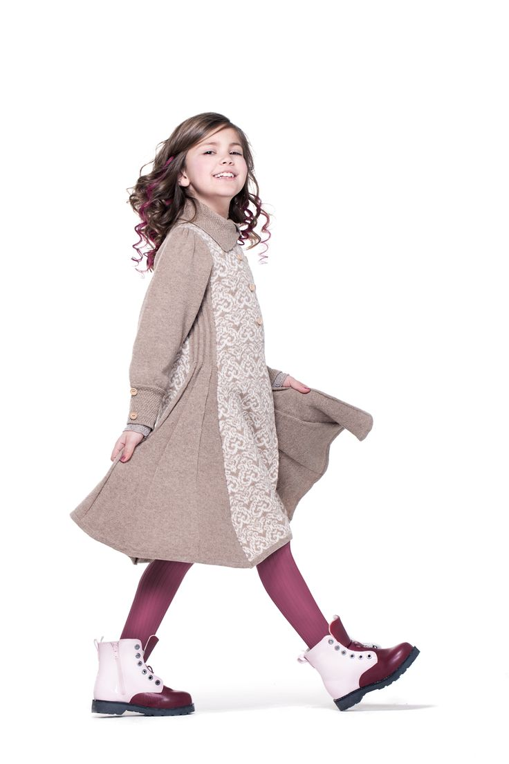 Rose coat with double buttoned front by Mole Little Norway AW14 collections ♥ www.mole.no