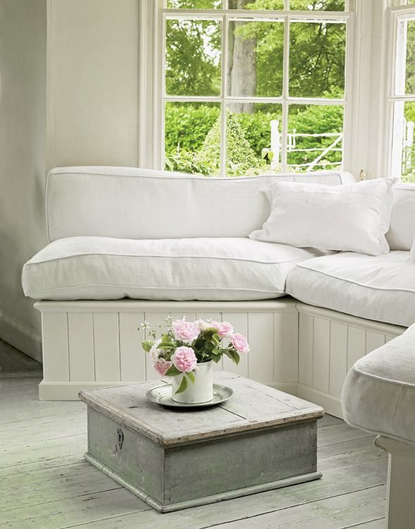 Bay Window Seating Again Like Ger Simpler Shapes Home Stuff Pinterest Bays And Simple