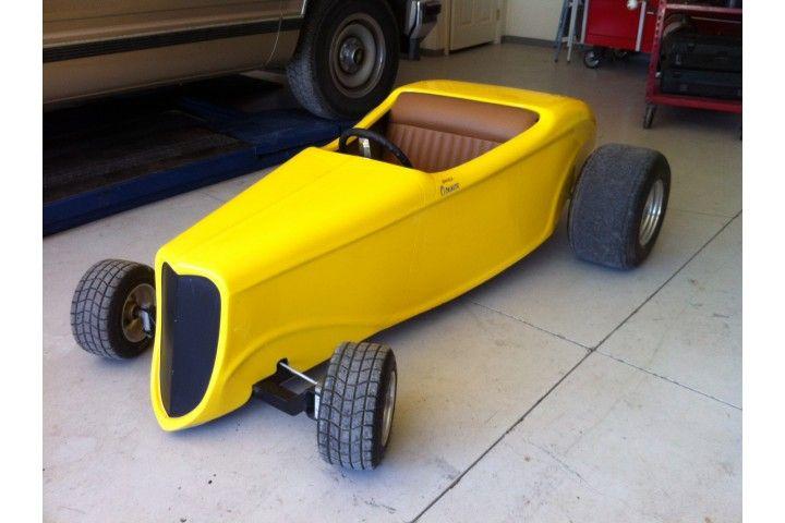 Custom Built 33 Ford Street Hot-Rod Go Kart. Electric start, leather seats, aluminum wheels, custom fiberglass body. Yes please!