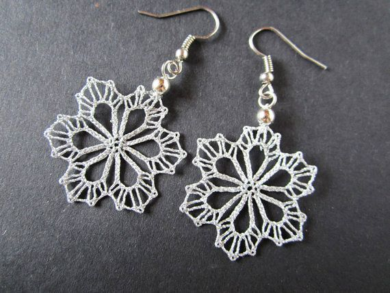 Snowflake Small Silver Snowflake Lace Earrings Winter por A5lace