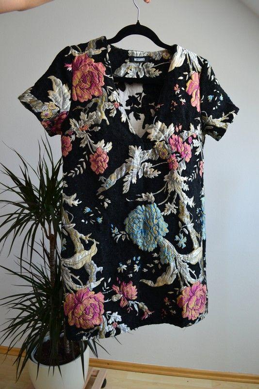 SALE! Missguided Embroidered Floral Mini Dress, Gr. UK 10 - kleiderkreisel.de