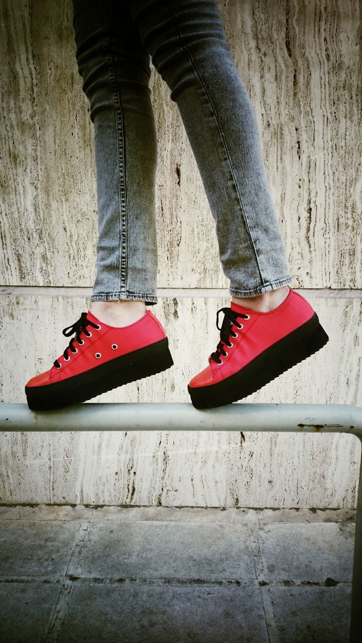 RED PASSION! #keepfred #fred #sneakers #shoes #outfit #style #fashion #new #collection #spring #colors #flatform #women #red #bruce