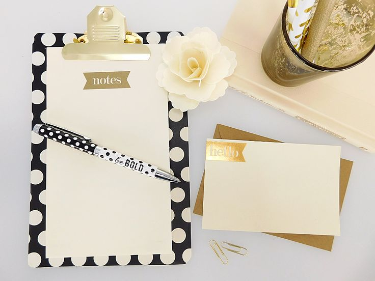 This chic clipboard will become your newest shopping companion! Small enough for easy on-the-go, keep your shopping lists & coupons clipped together all in one place! Choose from 16 fun designs!