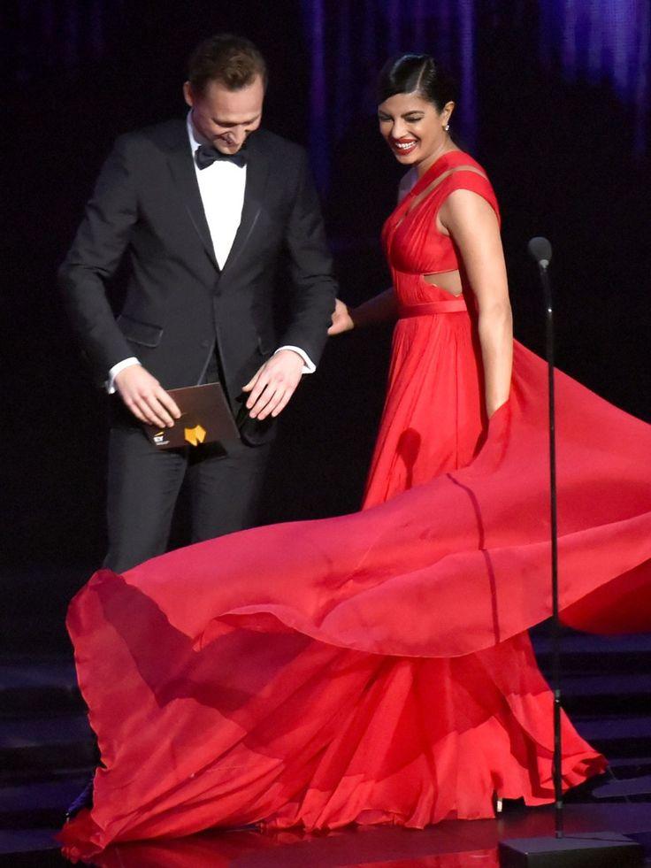 Priyanka Chopra Felt Like a Dancing Emoji IRL With Help From Tom Hiddleston at the Emmys
