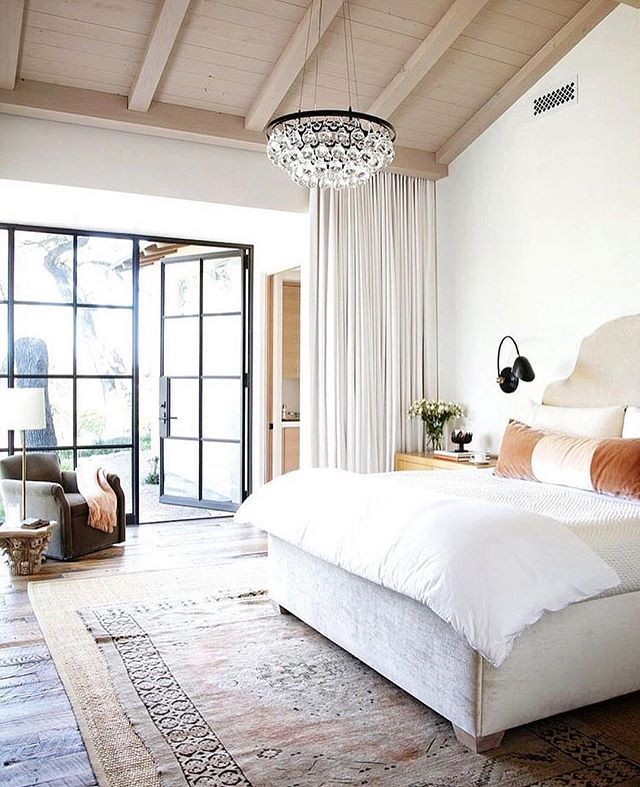 Bedroom Chandeliers Lowes Pinterest Bedrooms For Girls Bedroom Art Inspiration Modern Bedroom Colour Schemes: 1000+ Ideas About Master Bedroom Chandelier On Pinterest