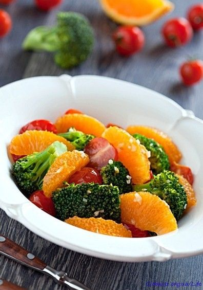Салат с брокколи и апельсином