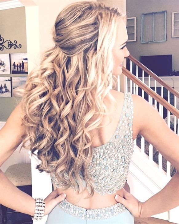 99 Fantastic Short Formal Hairstyles Ideas Styling Hair Today Simply Means Giving A Different And Unique Look Long Hair Styles Formal Hairstyles Hair Styles