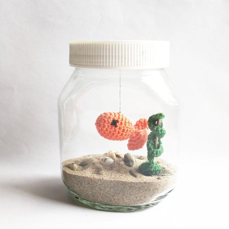 Hey ihr lieben, mit dieser ruckzuck anleitung, könnt ihr ein völlig unkompliziertes Aquarium für euer zuhause oder Büro machen. Alles was ihr dafür braucht, ist ein leeres Nutella Gla…