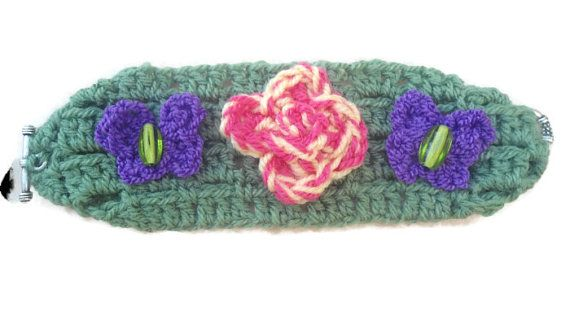 handmade crocheted bracelet #bestofEtsy #etsyretwt