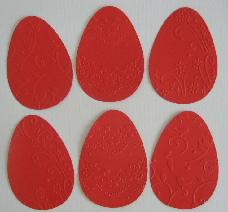 Dombormintás tojások