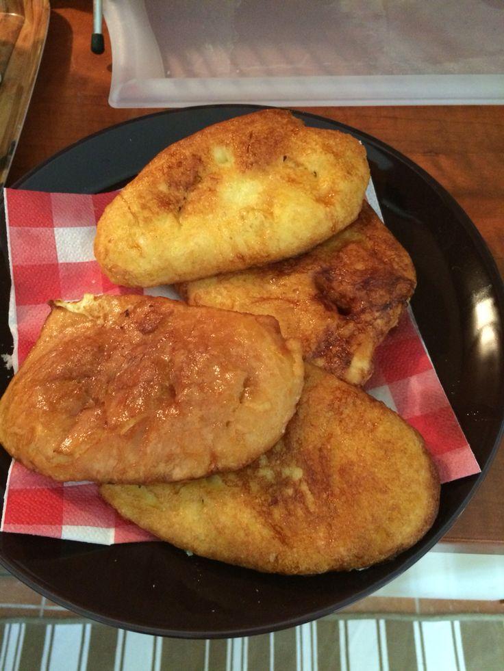 """Bundaskenyer""""---egg covered bread"""
