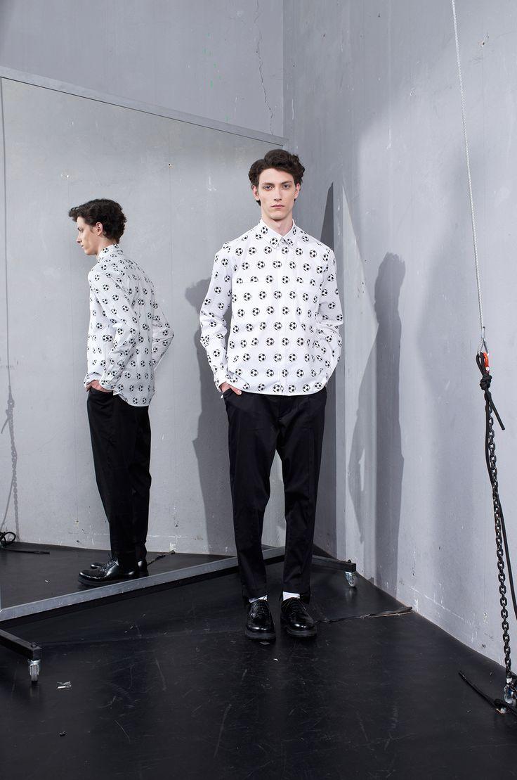 MEI KAWA   Football Print Long Sleeve Shirt
