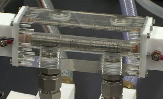 Tubos termoelétricos absorvem eletricidade da água quente e recuperam energia que seria perdida. Material converte energia do calor diretamente em eletricidade.